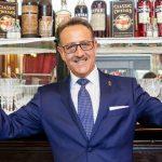 """Salvatore Calabrese aggiunge 50 nuove ricette al suo famoso libro """"classic cocktails"""""""