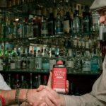 Pub inglese entra nel Guinness con una selezione di 600 gin
