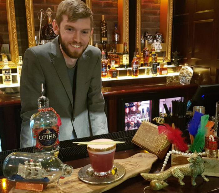 Joe Macbeth, vincitore di Opihr Gin Cocktail Competition 2016