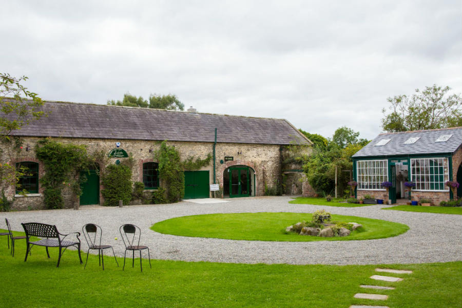 La tenuta della Listoke Distillery
