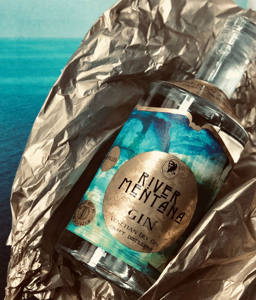 river mentana gin